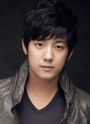 Name: 서준영 / Suh Joon Young (Seo Jun Yeong)